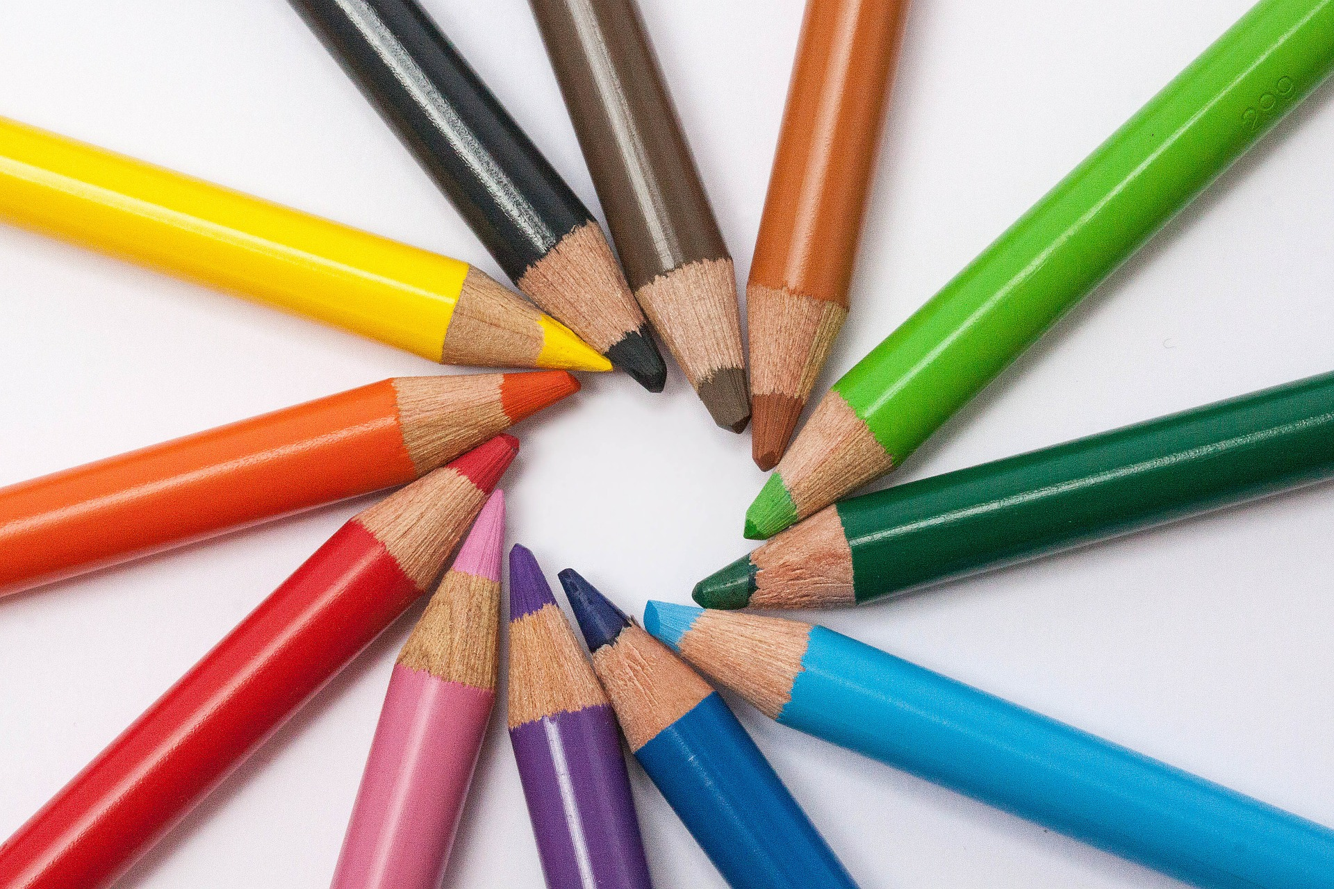 colored pencils create art and content